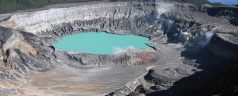 Poas crater