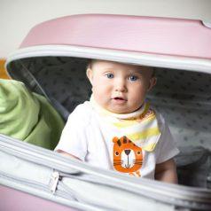 Partir en voyage avec bébé : les choses essentielles à ne pas oublier