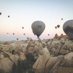 Top 5 des plus belles destinations pour faire de la montgolfière